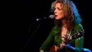 Patty Griffin and Natalie Maines - Mary thumbnail