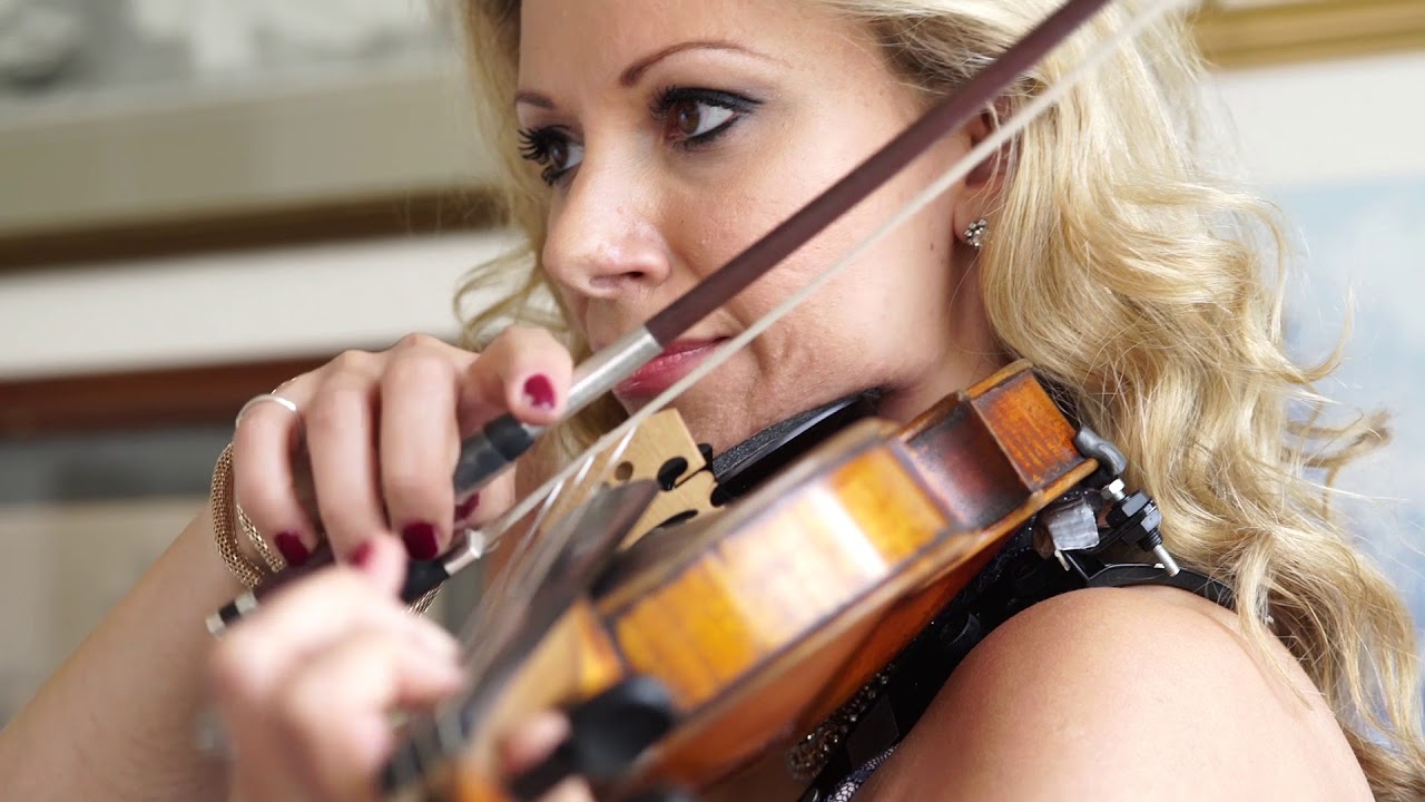Teodora - Classical and Electric Violinist | Last Minute