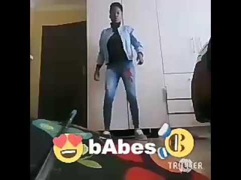Oe Batla Kae (feat. Ms Mo & Makhensa) - De Mogul SA