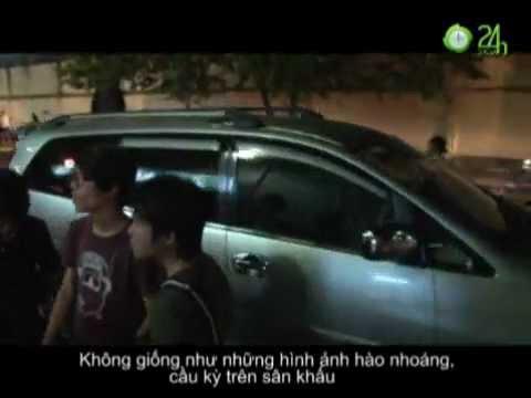 """Soi """"xế"""" của Sao Việt"""