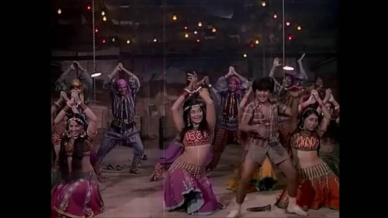 asha-bhosle-daiya-ye-main-kahan-phasi-1971-video-asha-bhosle-italy