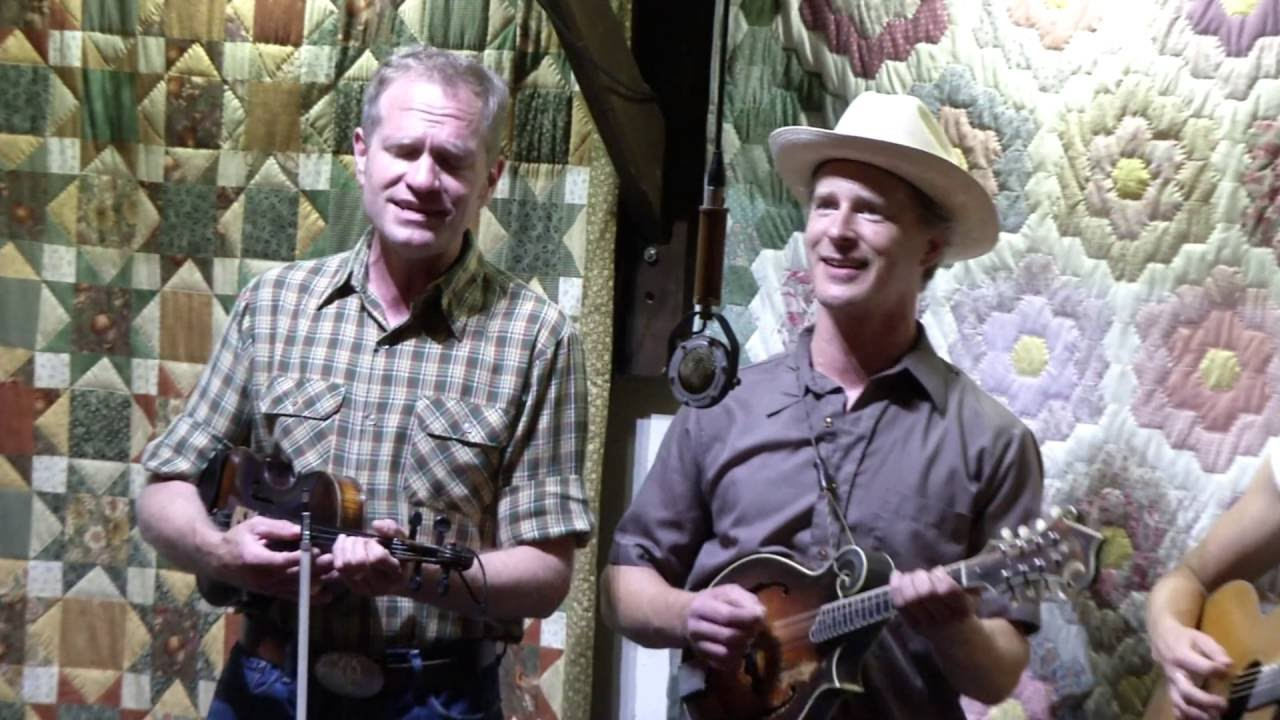 Over the Garden Wall : Foghorn String Band @ The Red Room ...
