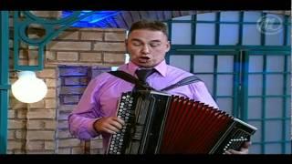 Роза Сябитова танцует по-татарски