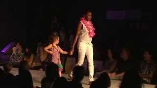 Desfilada de moda del departament de moda i confecció del IES Garrotxa 2013