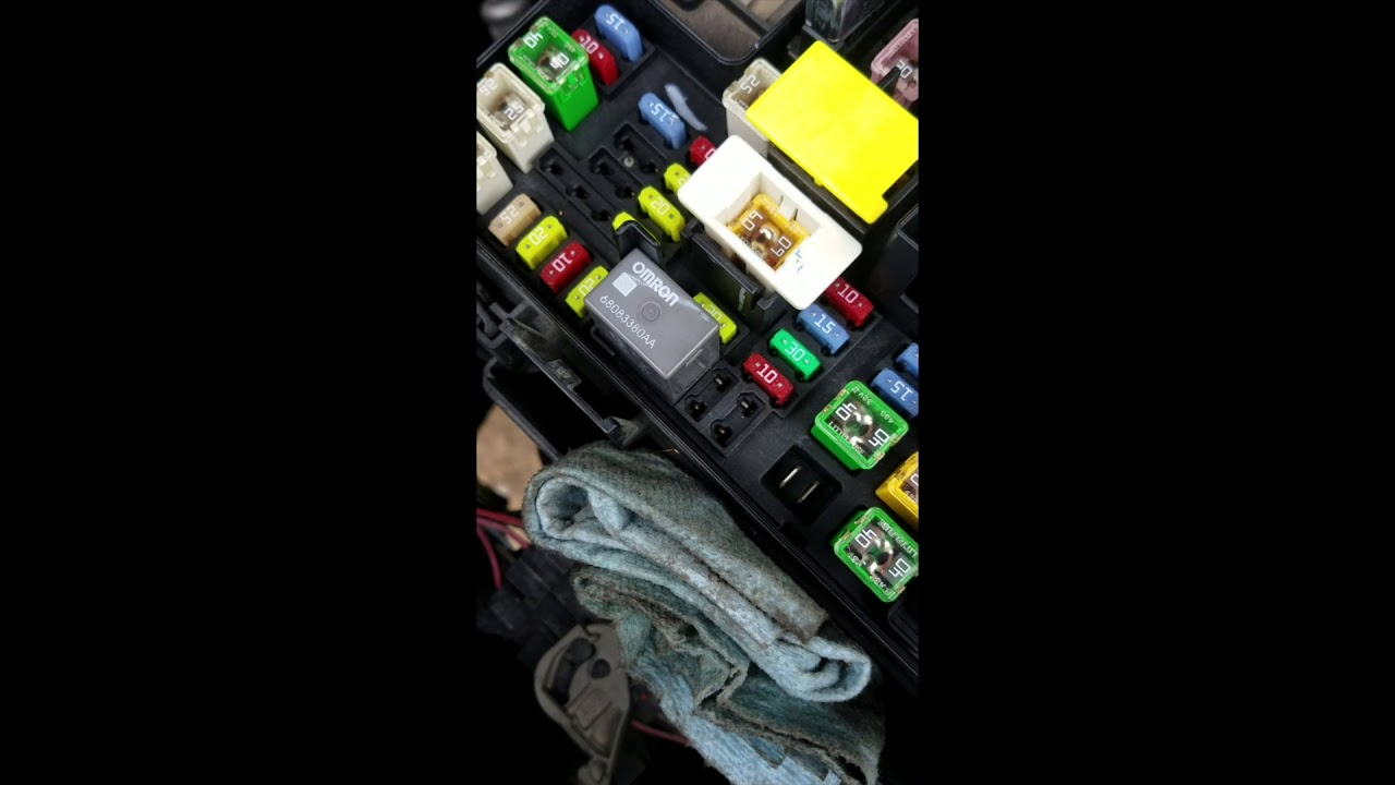 2011 dodge ram 1500 fuel pump relay bypass youtube Trailblazer Fuel Pump Wiring Diagram 2011 dodge ram 1500 fuel pump relay bypass