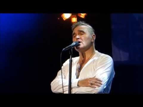 Morrissey-ASLEEP[The Smiths]-May 10, 2014-LA Sports Arena, Los Angeles CA-Louder Than Bombs MOZ-Live