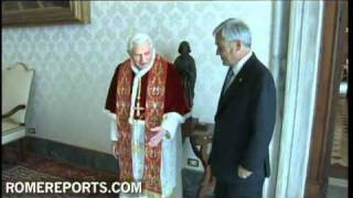 Pope congratulates President of Chile Sebastián Piñera for rescue operation of miners