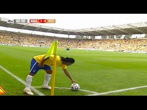 TOP - 7 jogadas inteligentes Feitas por Ronaldinho!