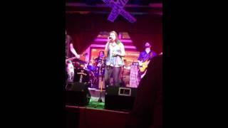 Girl Singing Black Velvet- Crossroads Bar Nashville