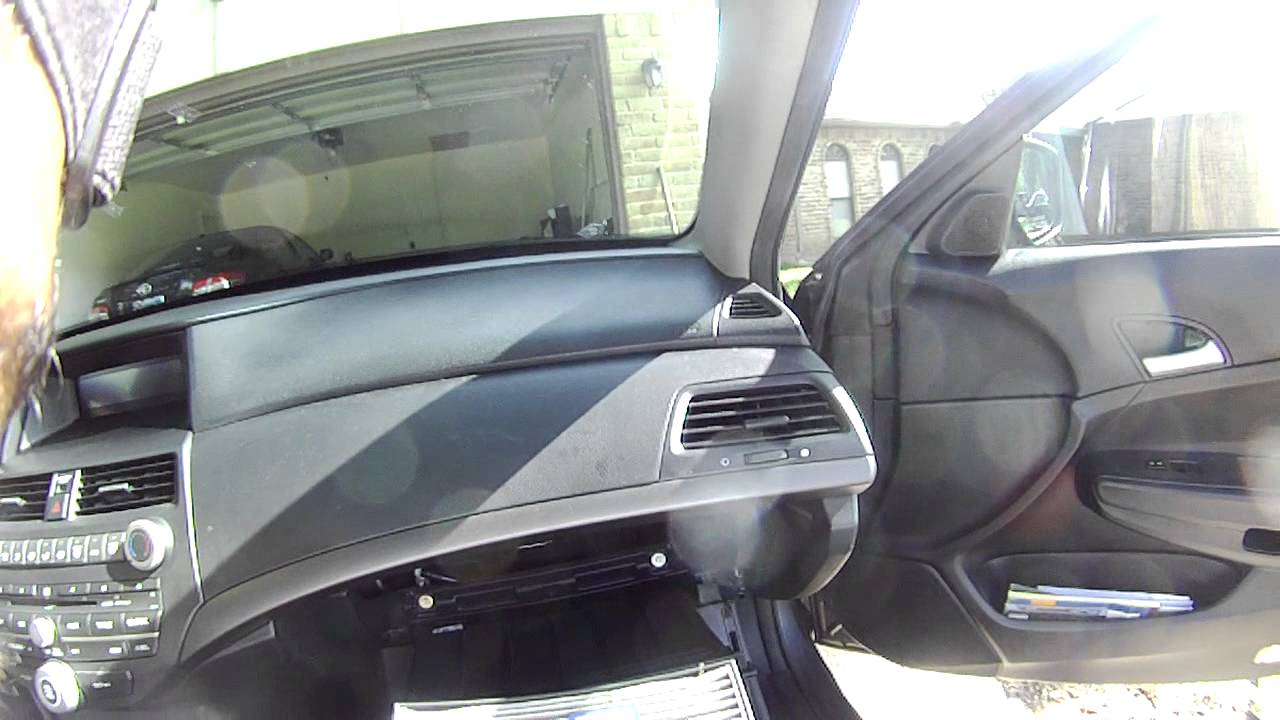 HOW TO CHANGE THE AIR CABIN FILTER IN A 2010 HONDA ACCORD