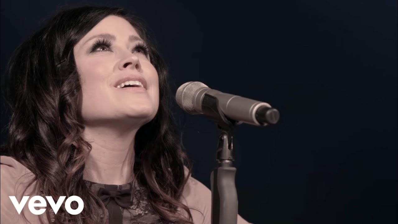 Kari Jobe - Holy Spirit (Live) ft. Cody Carnes - YouTube