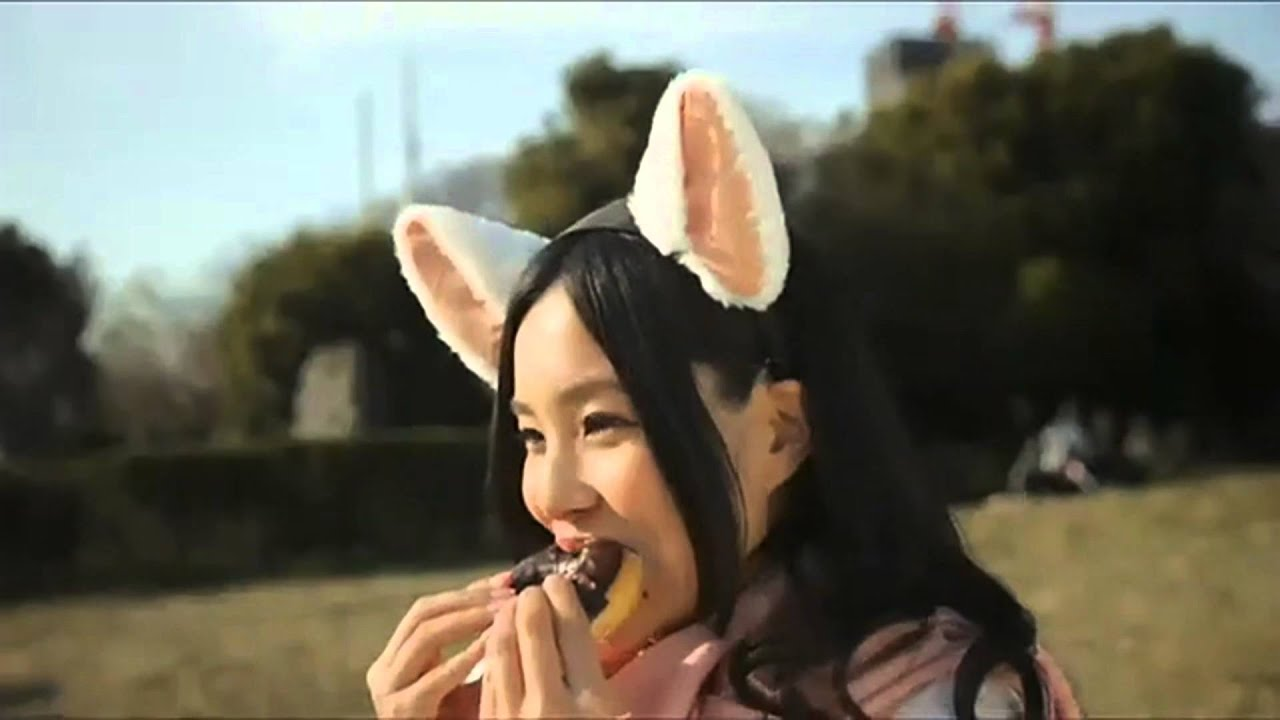 Brainwave Emotion Controlled Cat Ears By Necomimi Youtube