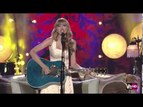 Taylor Swift - Our Song [short, live]