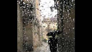 Khóc thầm đêm mưa - Lệ Quyên