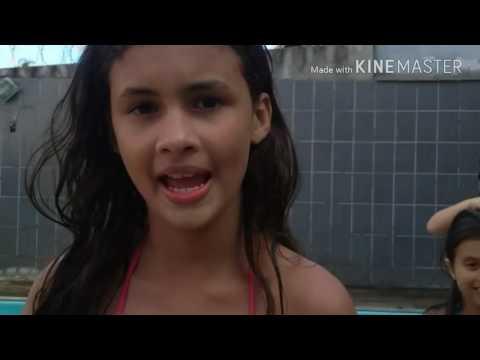 TAG:Fale qualquer coisa na piscina!Com a participação das meninas do canal do Diário das primas!😎😎