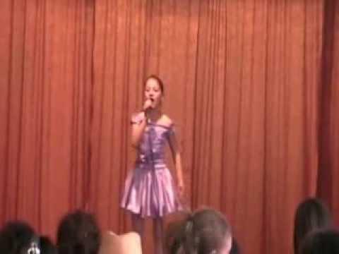Mariuca Luiza- Opoveste in care cred ''Greierasul vesel'' 2011