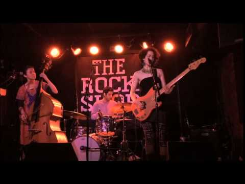 Wanted In Wanted Out - Honeybird LIVE @ Rock Shop