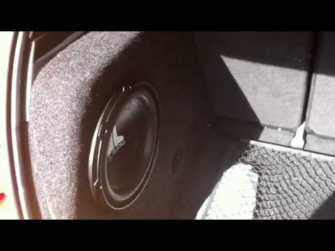 seat leon 2 bajo jl audio