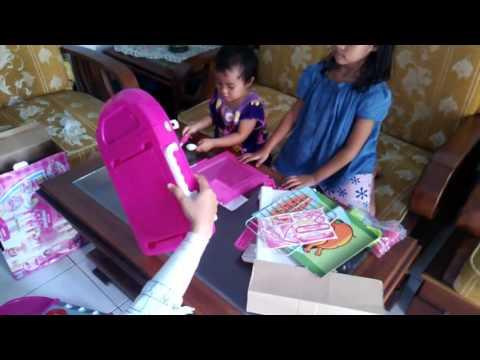 Bongkar pasang mainan kitchen set youtube for Kitchen set mainan