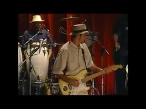 """55 - Nação Zumbi """"Da Lama Ao Caos"""" no programa Música Brasileira Multishow em"""