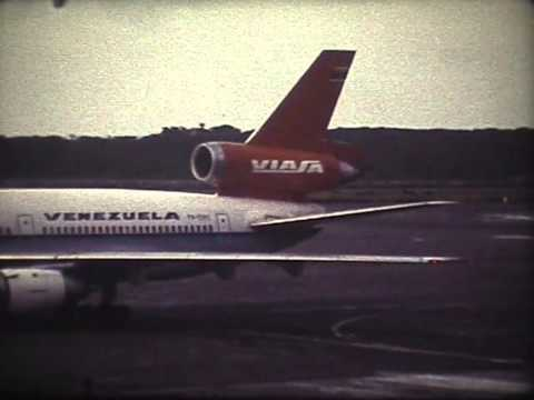 Plane spotting at the Caracas Airport - Super 8 footage