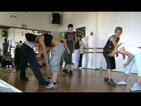 Backstage scuola di danza arabesque saggio 2007 2008 for Arredamento scuola di danza