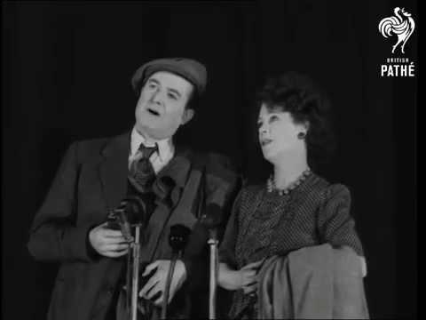 Stars Parade For Film Award (1948)