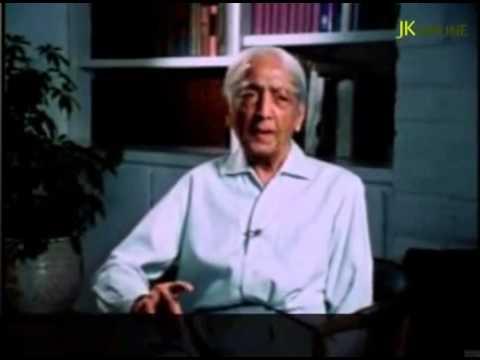 J. Krishnamurti - Quem está aí para lhe dizer o que fazer?