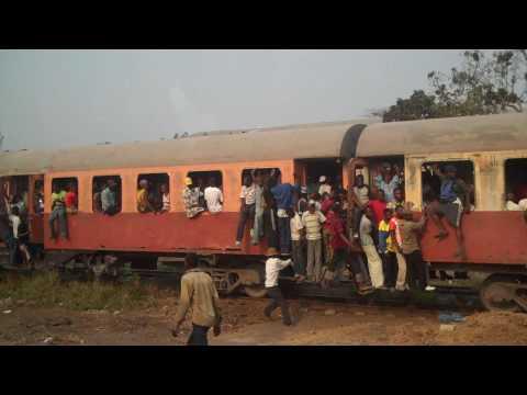 Train in Kinshasa, Amazing Overcrowding