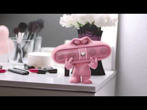 Nicki Minaj Pink Pill Commercial (Beats By Dre)