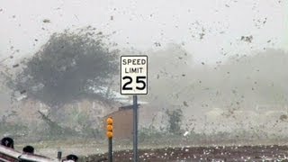http://www.ThunderStormVideo.com - Very large hail approaching base...