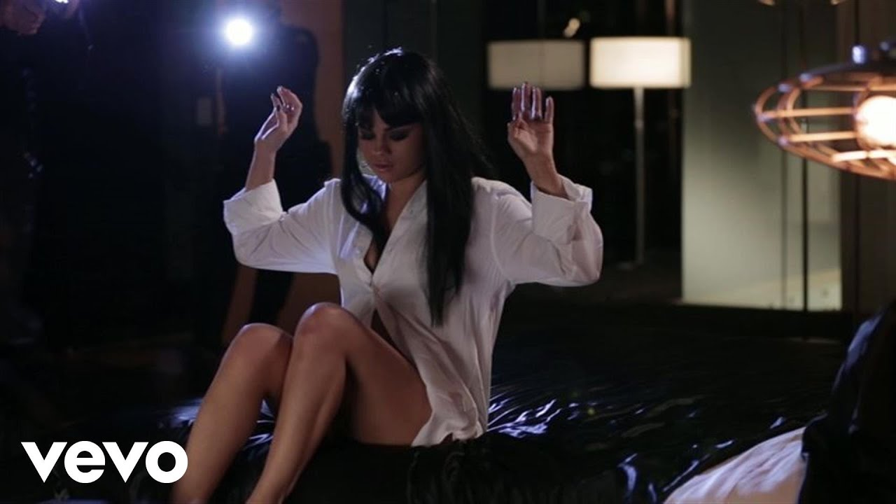 Selena gomez hands to myself behind the scenes