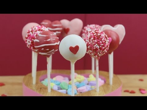 How to Make Valentine's Day Cake Pops!
