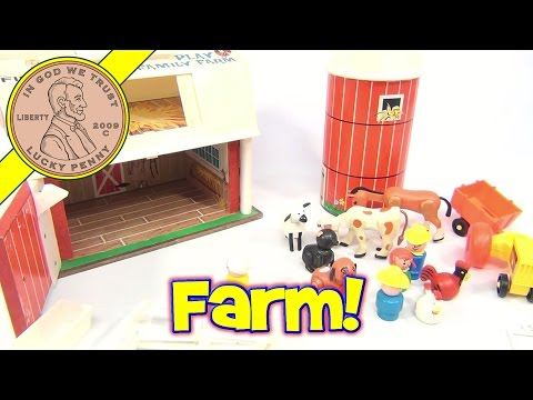 Fisher-Price Vintage Play Family Farm Playset #915 From 1968