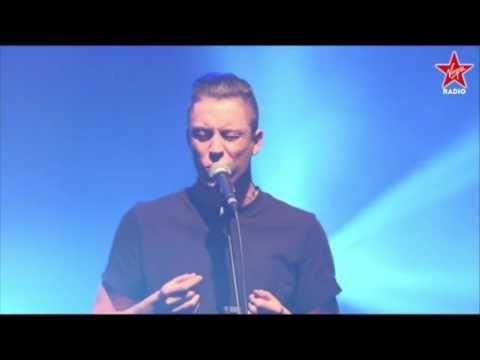 Loic Nottet - Million Eyes (LIVE)