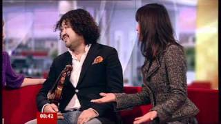Japanese Violinist Taro Hakase on BBC Breakfast 17.03.11.