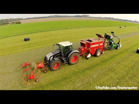 Grass Raking Baling & Wrapping in one pass | Fendt 936 Vario Black Beauty | De Buck