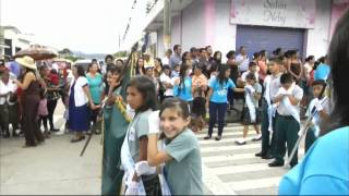 Desfile de las escuelas Primarias Monjas, Jalapa 13/9/2013