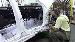 Ауди А4, первая попытка потянуть. Body repair after an accident.