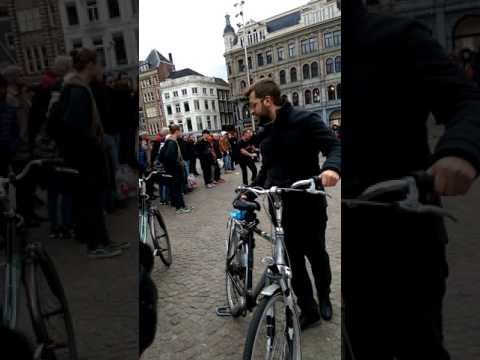 Amsterdam street show
