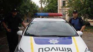 Киевские полицеские помогли женщине похоронить собаку