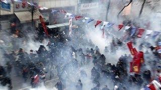 Беркин Эльван -- новый символ протестного движения в Турции