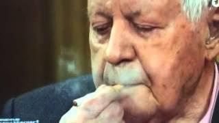 Helmut Schmidt mag keine eZigaretten - 96 Jahre alter Alt-Bundeskanzler - Maischberger