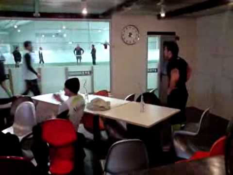 l 39 indoor montauban club house salle de foot en salle montauban tournois de foot youtube. Black Bedroom Furniture Sets. Home Design Ideas