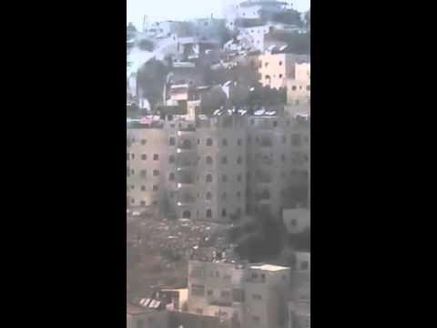 """Israeli occupation """"skunk truck"""" crashes in occupied Jerusalem"""