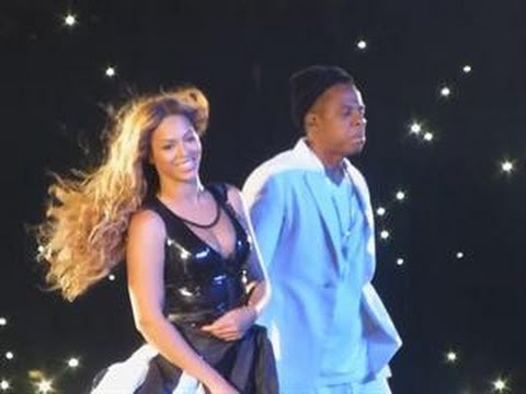 Beyonce and Jay Z Combat Cheating Rumors with Major PDA