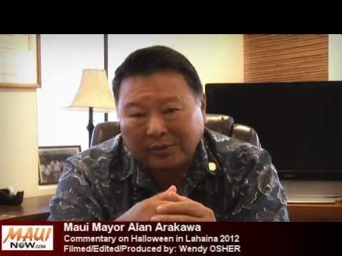 Halloween in Lahaina 2012 Maui Mayor Commentary