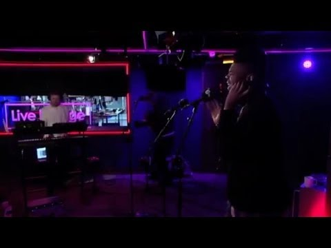 Gorgon City feat MNEK - Ready For Your Love [BBC Radio 1Xtra Live Lounge 2014]