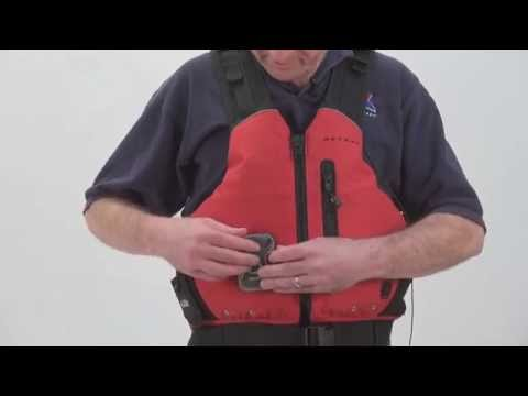 How to Use Personal Sailing Safety Cutters | Expert Advice