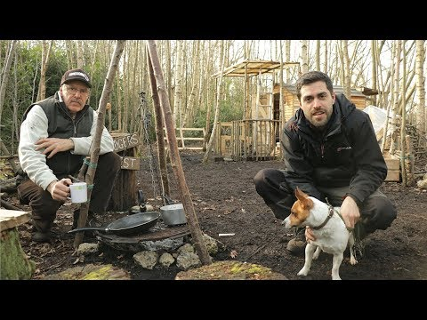 Off Grid Tiny Cabin: Pallet Wood Projects & Cast Iron Grill Cooking